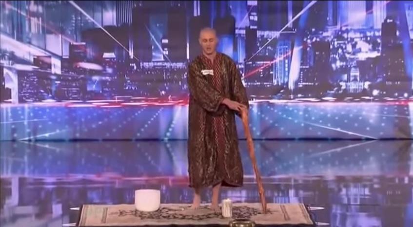 moine qui lévite talent