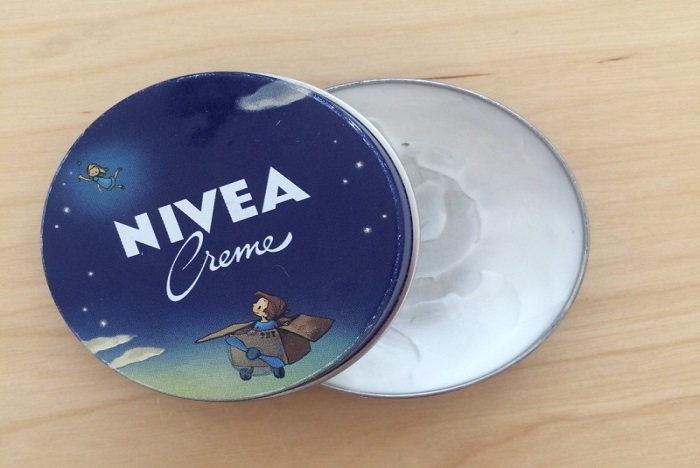 la-crème-Nivea-presque-dans-toutes-les-boites-à-pharmacie
